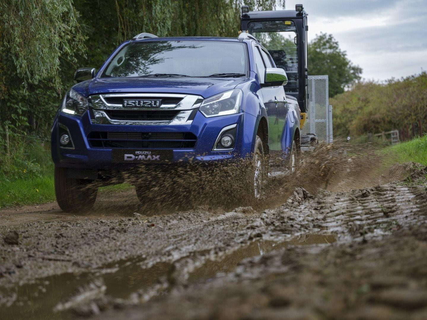 ISUZU D-MAX WINS PICK UP OF THE YEAR AT THE COMMERCIAL FLEET AWARDS 2018
